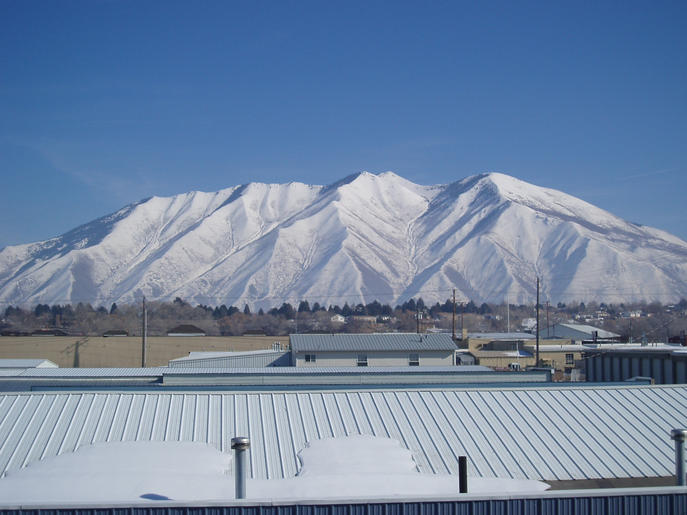 commercial roofing contractor in Herriman